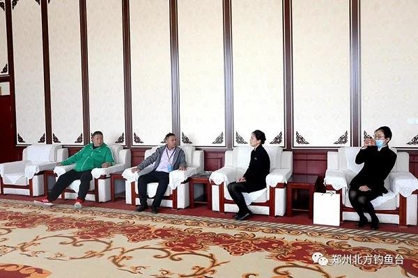 郑州裕达国贸酒店武经理一行前来学校参观考察,谋求合作共赢!